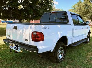 white 2OO2 Ford F-15O XLT $8OO for Sale in San Jose, CA