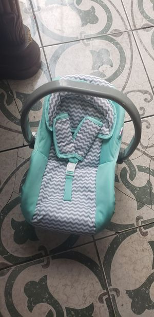 kids car seat toy for Sale in Los Angeles, CA