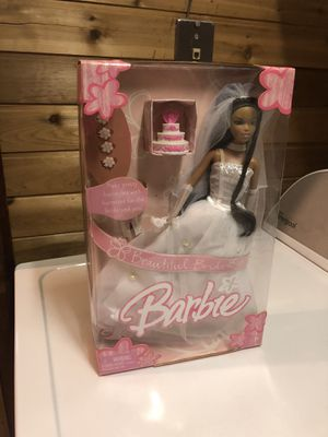 Collectible Barbie Bride Doll in good condition for Sale in Brooklyn, NY