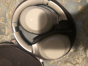 Bose wireless headphones $120 for Sale in Richmond, CA