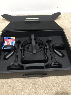 Oculus rift (used, in good condition) for Sale in Orlando, FL