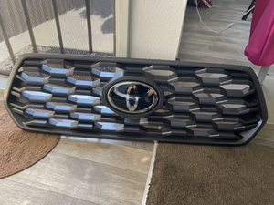 New OEM Grill 2020 Toyota Tacoma for Sale in El Cajon, CA