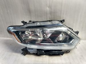2014 2015 2016 Nissan Rogue headlight for Sale in Lynwood, CA
