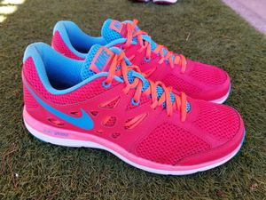 Nike women shoes Size US 9 for Sale in Las Vegas, NV