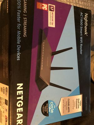 Nighthawk AC1900 smart WiFi router for Sale in Chicago, IL