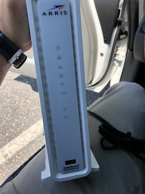 Arris surfboard docsis 3.0 modem and router combo for Sale in Danbury, CT