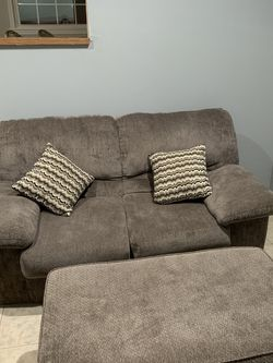 Love Seat Couch for Sale in Willoughby,  OH