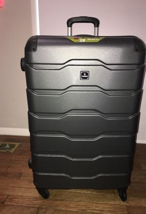"""TAG Matrix 2.0 28"""" Suitcase for Sale in Fairfax, VA"""