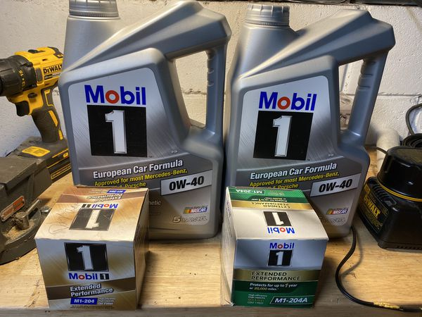 Mobil 1 0-W40 oil and M1-204 oil filter. Hemi 5.7 6.1 6.4