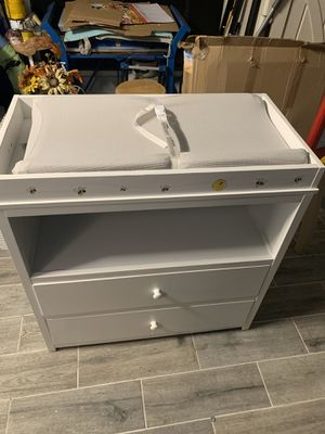 Changing Table White for Sale in Tamarac, FL