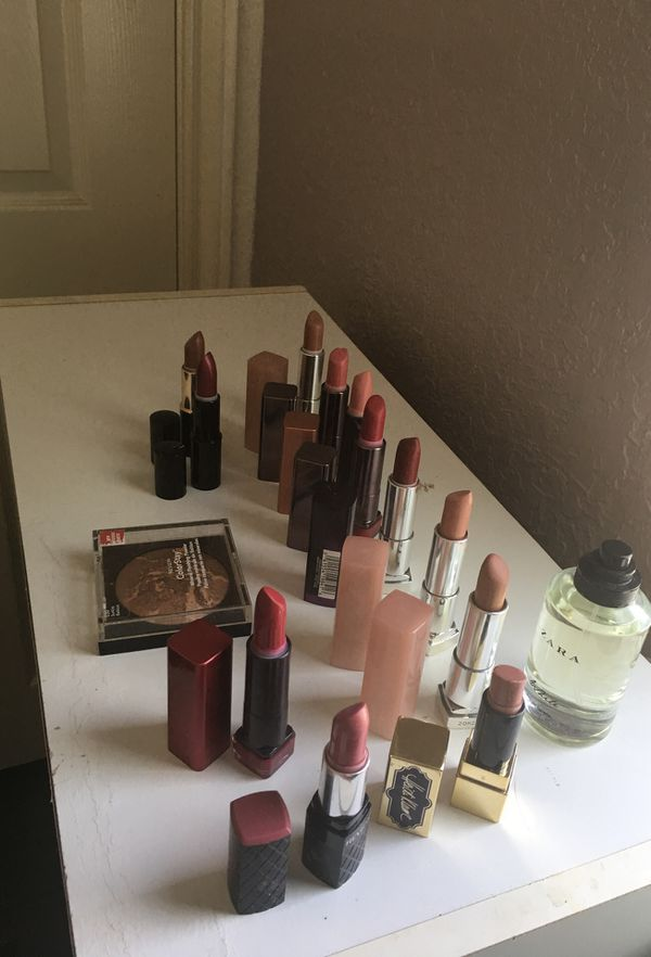 Lipsticks make up
