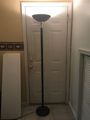 All Metal Black and Gold Floor Lamp for Sale in Woodbridge, VA