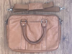 Cole Haan Genuine Leather Messenger/Laptop Bag for Sale in San Diego, CA