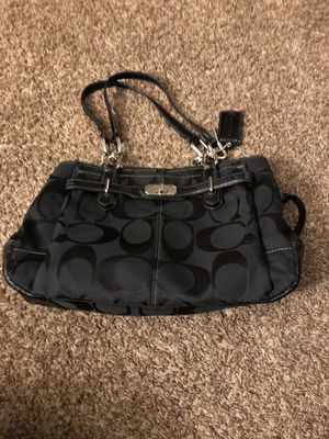 Coach handbag/purse for Sale in Burlington, NJ