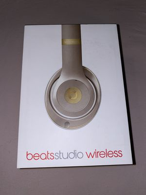 Beats Studio Wireless, Gold, Gently Used, Missing RemoteTalk Cable For Wired Use for Sale in Farmington, MN