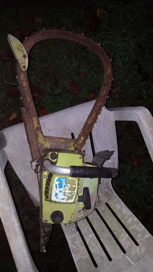 Vintage Poulan Chainsaw for Sale in Acworth, GA