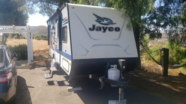 Jayfeather 19BH 19 feet long single axle camping trailer 3300lbs