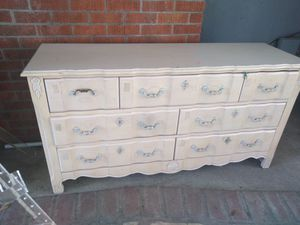French Provencial Dresser and mirror. for Sale in Modesto, CA