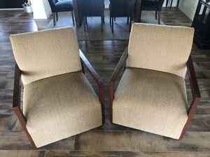 Set of 2 chairs for Sale in Corona, CA