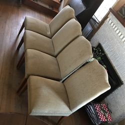 4 Chairs In Mint Condition  for Sale in Silver Spring, MD