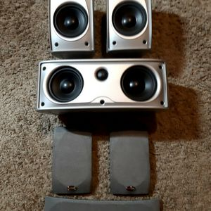 polk audio excellent condition for Sale in Goodyear, AZ