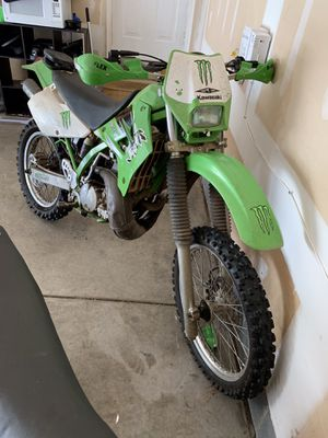 2000 Kawasaki 220r for Sale in Raleigh, NC