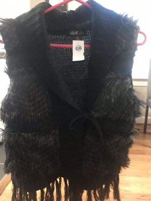 Sweater vest with fur for Sale in Greenville, SC