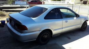 1996 Honda Civic parting out or sell the whole car does not start for Sale in Hesperia, CA