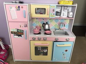 Play kitchen for Sale in Dinuba, CA