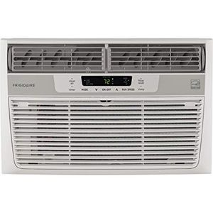 Frigidaire 6000 BTU AC air conditioner, 2 yr old for Sale in Chicago, IL