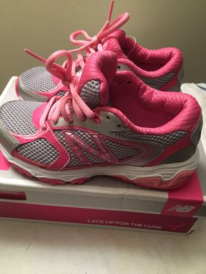 12.5 W Girl shoes-FREE! for Sale in Savannah, GA