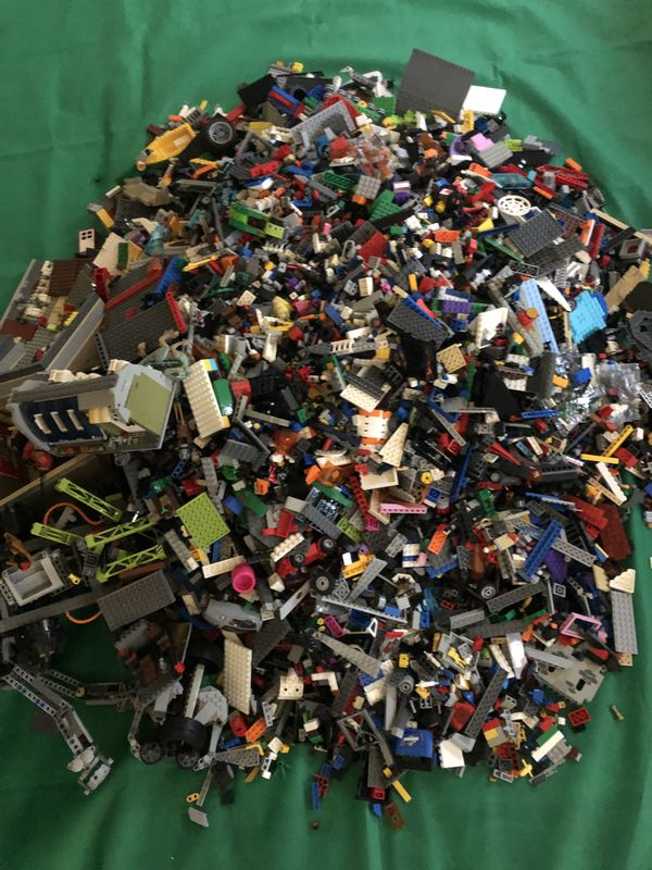Lots of legos With Mini Figures