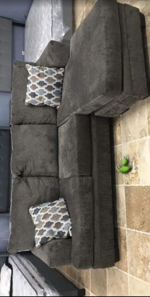 ♻️New♻️Dorsten Slate Reversible Sofa Chaise byAshley for Sale in Jessup, MD