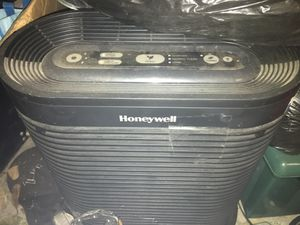 Honeywell air purifier for Sale in Pittsburg, CA