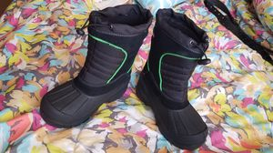 SNOW BOOTS SIZE 13 LIKE NEW for Sale in Goodyear, AZ