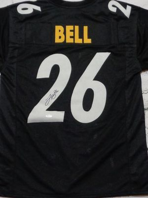 Leveon Bell Autographed Jersey for Sale in Sewickley, PA