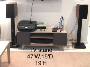 Modway TV stand entertainment center for Sale in Brooklyn, NY