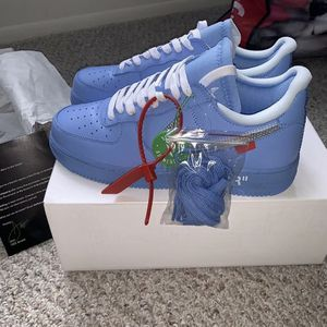 Off-white for Sale in PA, US