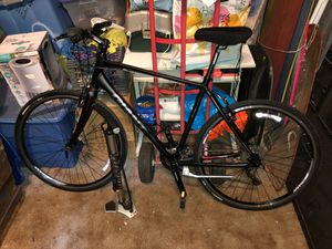 """GIANT ESCAPE 29"""" Men's ON-ROAD SPORTS- 27 SPEED BIKE IN ABSOLUTELY AWESOME CONDITION MUST SEE TOP OF THE LINE BRAND NAME & MODEL LOOK!!! for Sale in Shelburne Falls, MA"""
