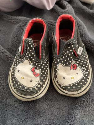 Size 4 hello kitty vans for Sale in Whittier, CA