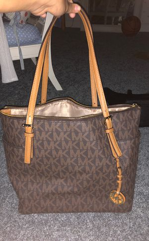 Michael Kors tote for Sale in St. Louis, MO