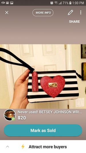 $20 never used Betsey Johnson wristlet for Sale in Salinas, CA