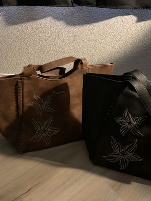 Hinano XL shoulder bags . for Sale in North Las Vegas, NV
