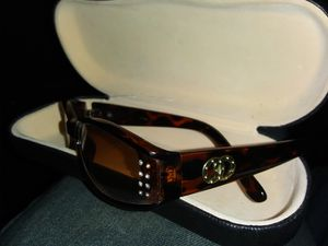 Coach sunglasses for Sale in Yuma, AZ