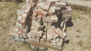 **FREE** Brick & Tile - Need Gone Today! for Sale in Phoenix, AZ