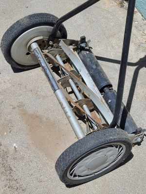 Manual Lawn Mower for Sale in Buena Park, CA