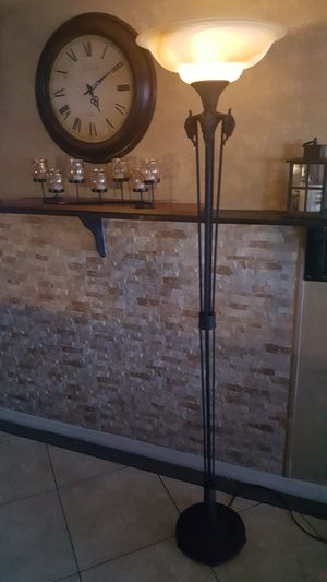Floor lamp for sale for Sale in Fort Lauderdale, FL