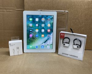 32GB Apple IPad 4th Gen w/extras for Sale in Reading, PA