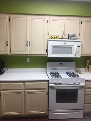 Whirlpool dishwasher and microwave for Sale in Ontario, CA
