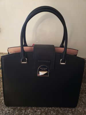 NEW**Limited Edition** Kate Spade New York Neve Leather NEW.!!! for Sale in Beverly Hills, CA